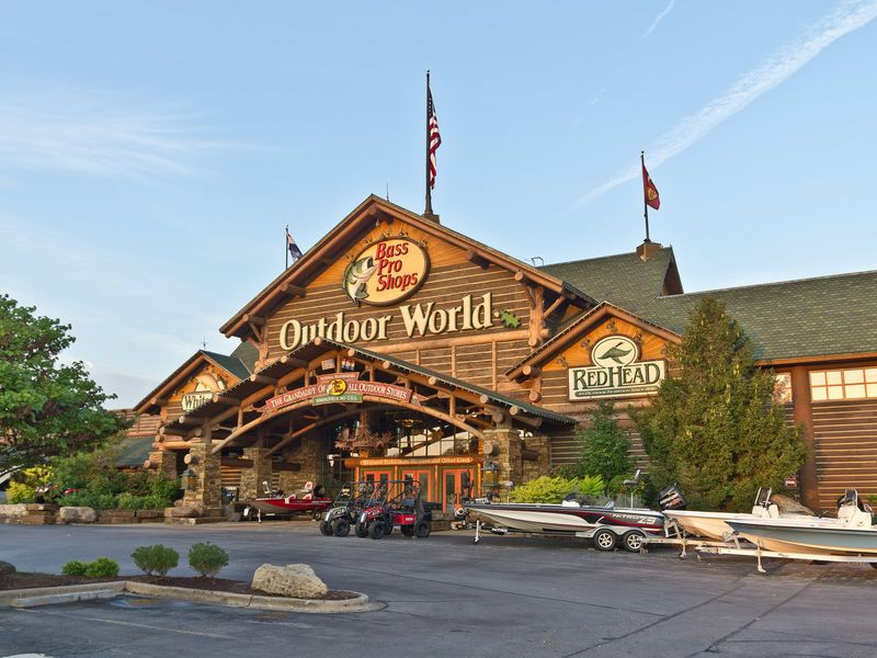 Bass pro shops outdoor world springfield missouri for Missouri s t dining hall hours